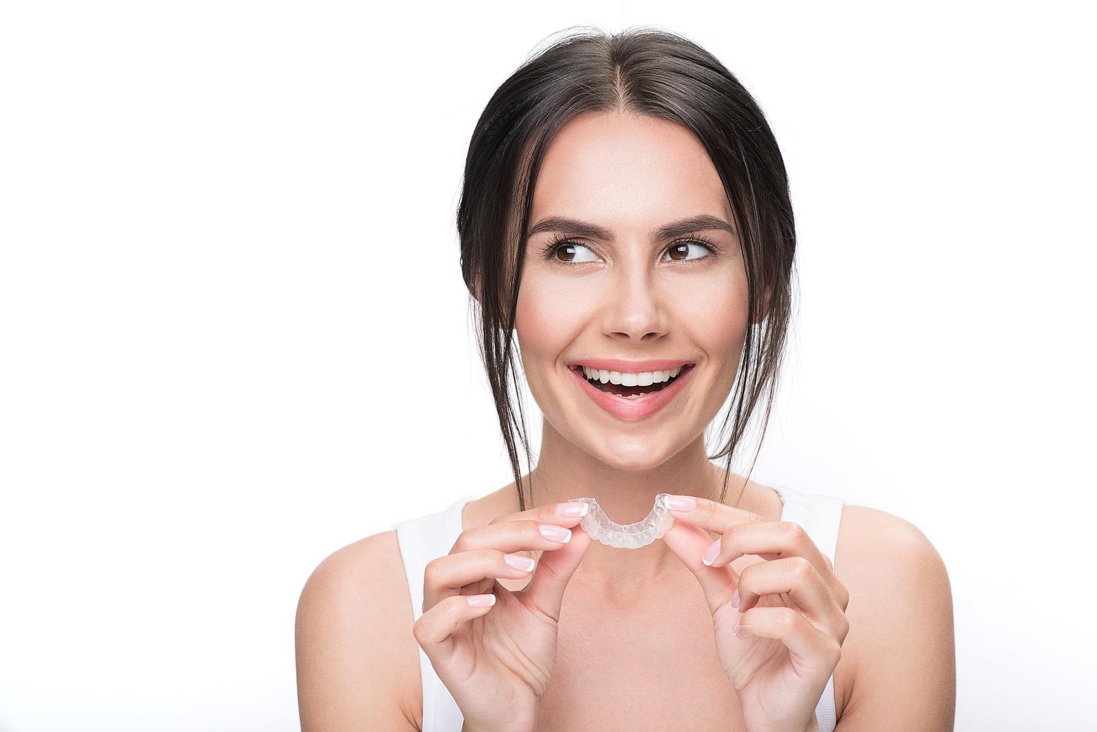 Combine Teeth Whitening and Invisalign in Dublin, CA