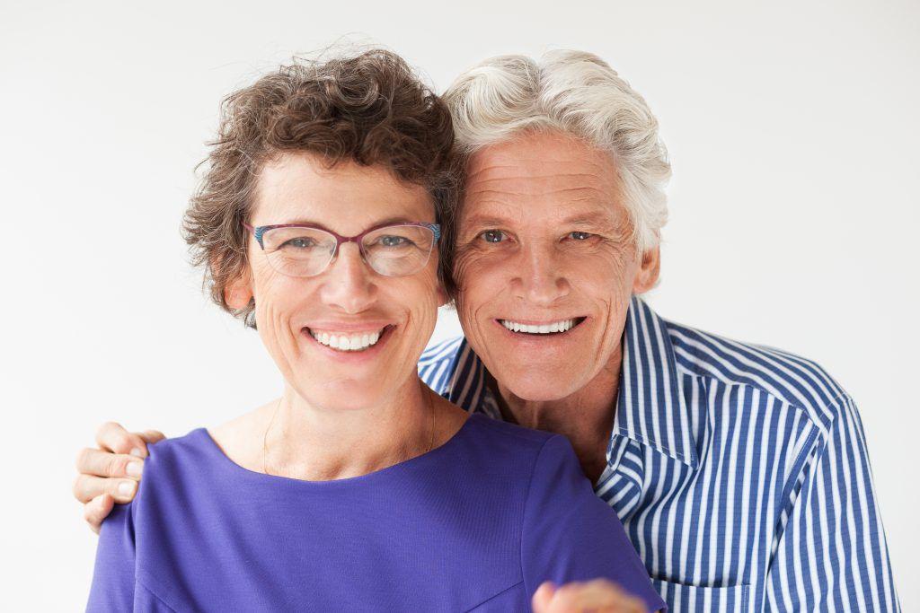 ¿Son los implantes dentales adecuados para usted?